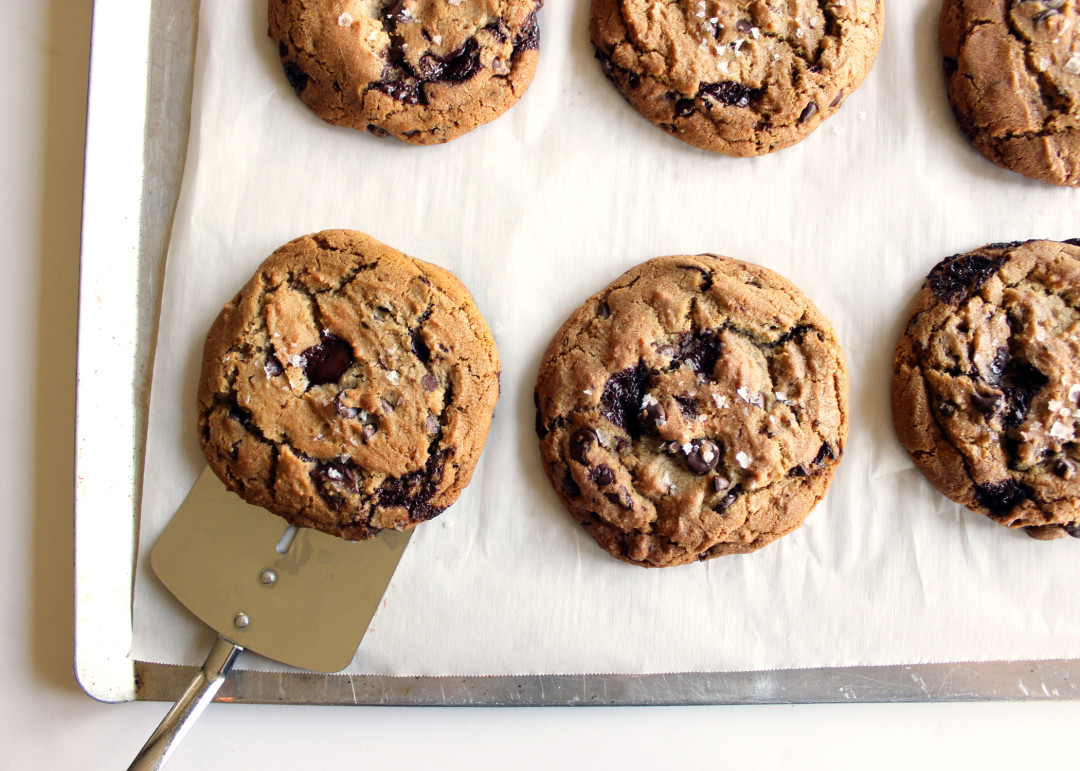 Dark Chocolate Brown Butter Cookies | Style & Spice